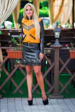 Модная кофта на замочке Seventeen 0450