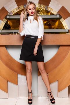Классическая блуза с вырезом на груди Jadone Fashion Лоренсити