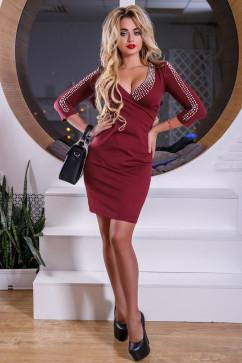 Платье с глубоким декольте Seventeen 2548