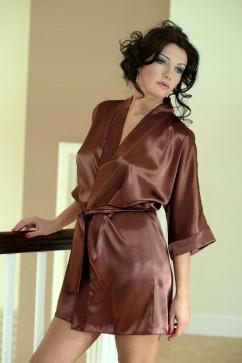 Женский сатиновый халат DKaren 90 шоколадного цвета