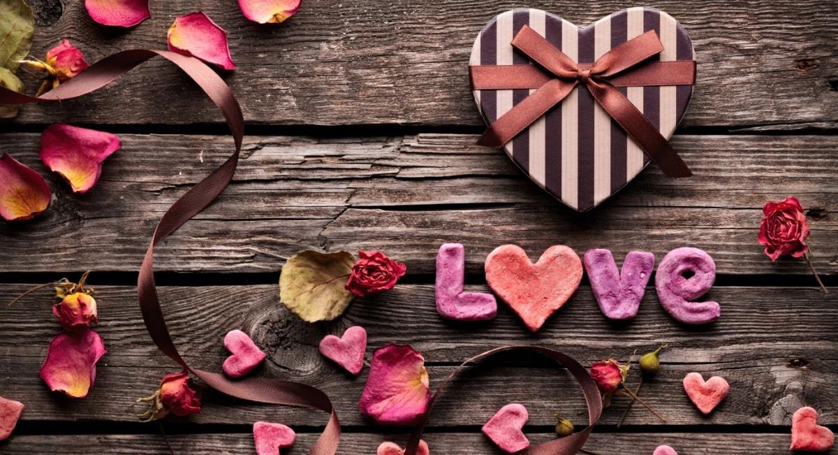 Белье на День Влюбленных — 14 февраля